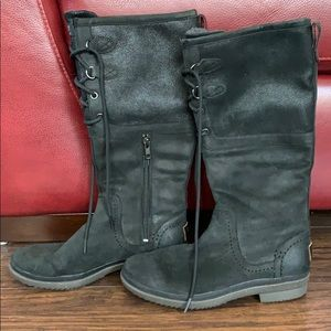 Ugg Newish worn 2x Leather Waterproof Sherpa Boots